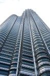 Can you count, how many lines appears in the tallest twin tower in the world???